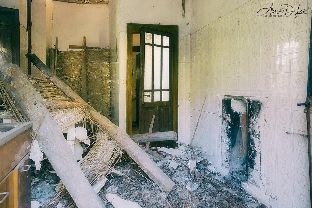 Casa cavaliere abbandonata